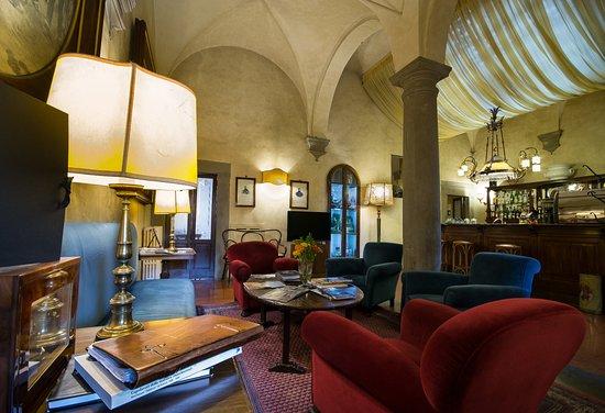 Hotel Loggiato dei Serviti: Bar e Salotto