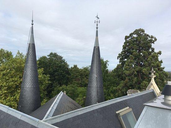 Plassac, Frankrike: Roof details