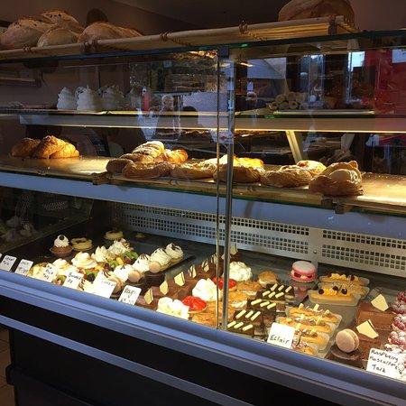 Le moulin patisserie and boulangerie hornchurch restaurant bewertungen telefonnummer fotos - Moulin a cafe boulanger ...