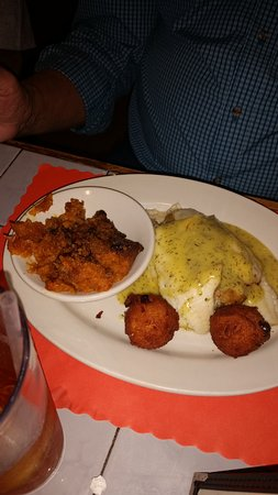 Maggie's Galley Seafood Restaurant: Flounder and Sweet Potato Casserole
