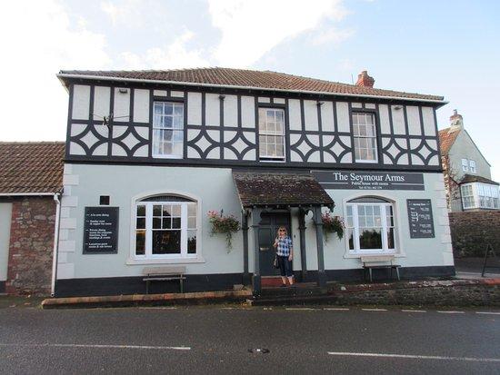 Blagdon, UK: Front of hotel/pub/restaurant