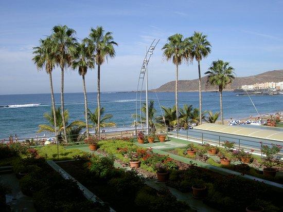 Reina Isabel Hotel Photo
