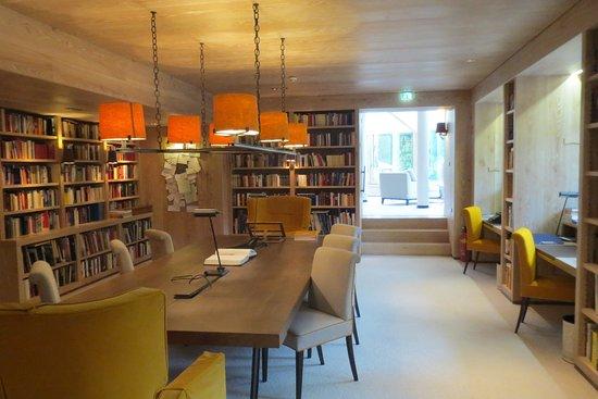 Turracher Hohe, Austria: Bibliothek mit angrenzendem Ruheraum