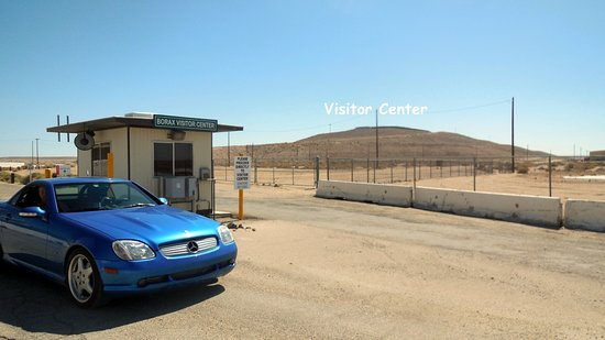 Boron, CA: The way to the Visitor's Center