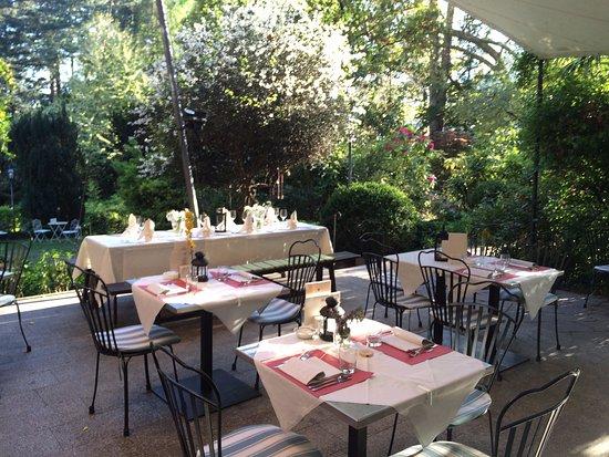 Bistro Pienzenau: terrace