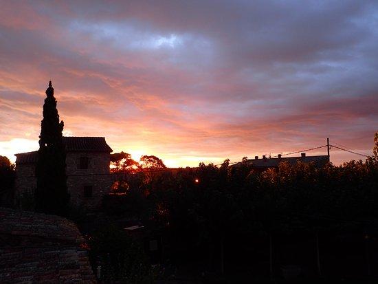 Camallera, Ισπανία: Morgentliche Aussicht vom Balkon