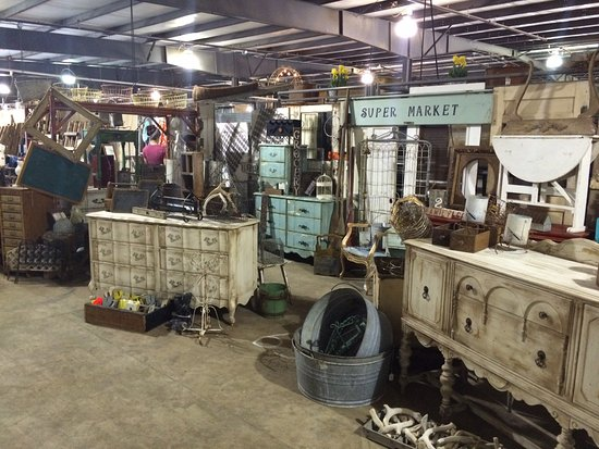 Grove, OK: With over 12,000 square feet of space we have a lot of neat stuff! Vendors change items weekly!
