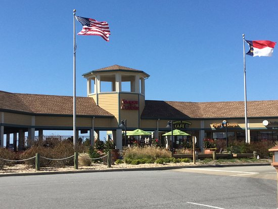 Tanger Outlets Nags Head: photo1.jpg