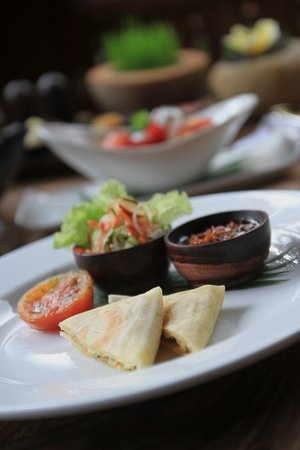 madani restaurant delicious food beverages