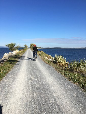 Burlington Bike Path: photo1.jpg