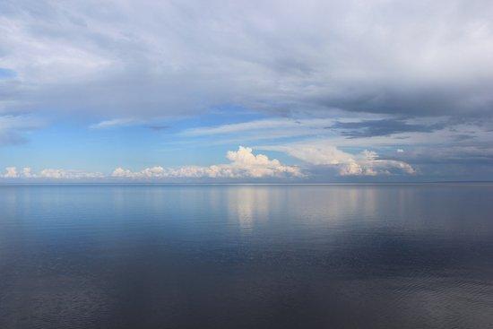Onega Lake, รัสเซีย: на берегу красивейшего озера Онежского