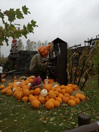 Halloween Udsmykning Picture Of Djurs Sommerland Nimtofte