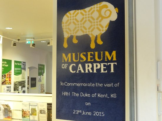 Kidderminster, UK: Carpet museum sign in carpet