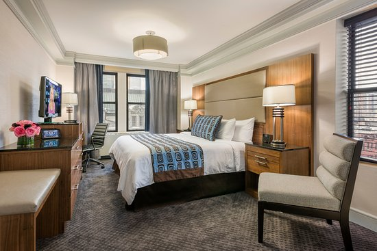 The Belvedere: Executive Superior King Room