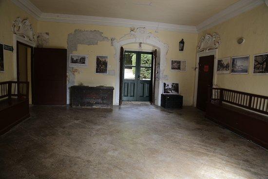Trsteno, Croacia: 전시관 내부
