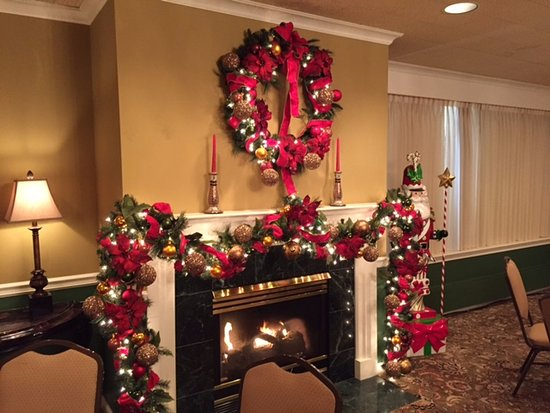 wisconsin city club entrance and reception area decorated for the christmas holidays