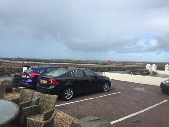 Cobo Bay Restaurant & Beach Terrace: photo1.jpg