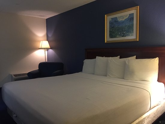 Travelodge Bradley Airport