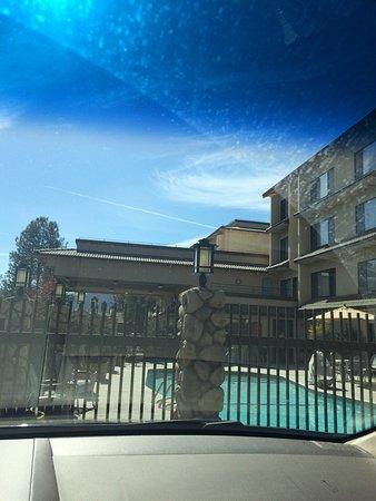 โอกเฮิร์สต์, แคลิฟอร์เนีย: photo0.jpg