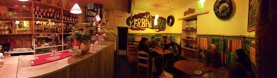 La Yerbatera Tapas Bar: Martes por la noche