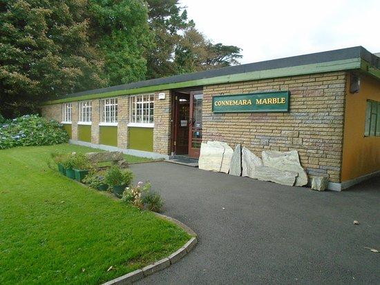 Moycullen, أيرلندا: Conenemara Marble factory