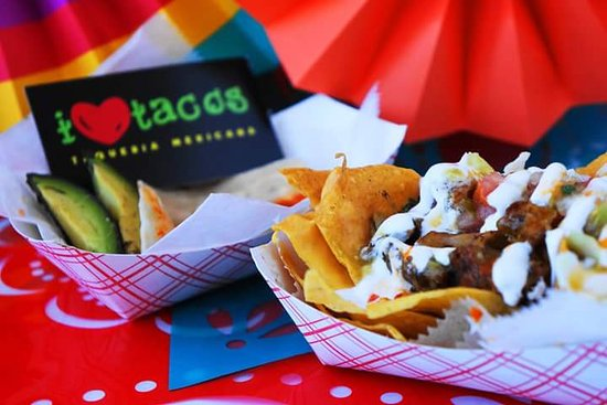 I Love Tacos PR : Our mini nachos