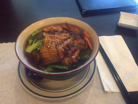 Fortuna, Kalifornien: Soup with chicken