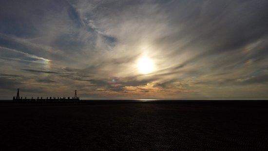 Lytham St Anne's, UK: Sundogs on St Anne's beach