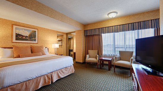 Newmarket, Canada: King Room