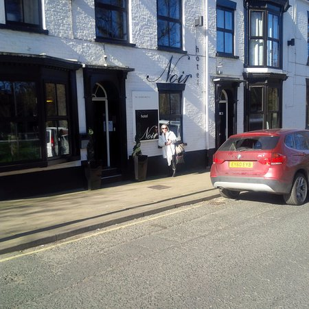 Clifton, UK: eu na porta do hotel