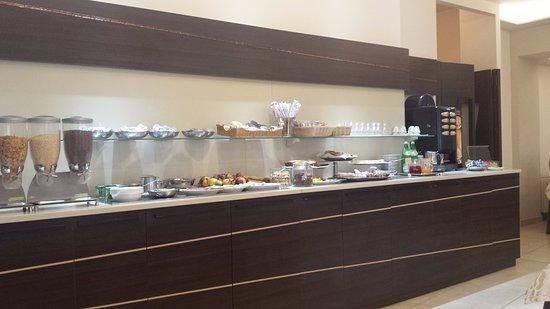 Argentina Hotel: il banco dove servirsi per colazione