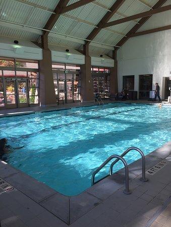 harrahs cherokee hotel inside swimming pool - Inside Swimming Pool