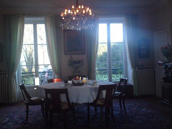 Foto de Neauphle-le-Chateau