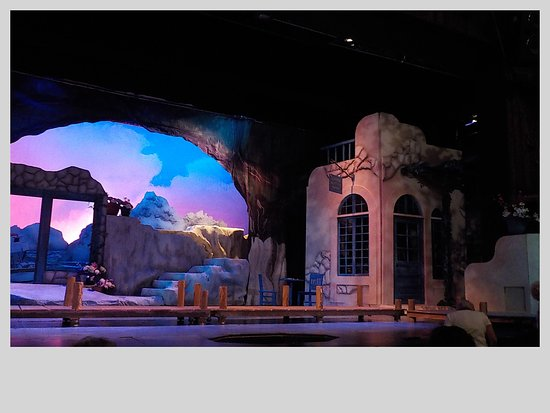 Cumberland County Playhouse: Mamma Mia! stage right