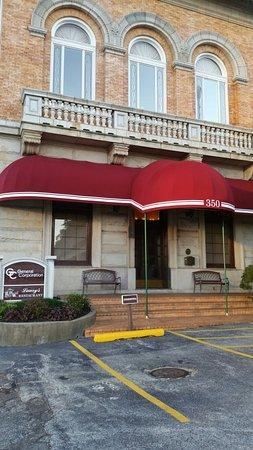 Laury S Restaurant Charleston Wv