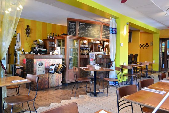 Bistro L'Enchanteur: A sneak peek at the inside of this cute bistro