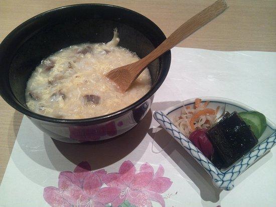 Suisan Iwakawa: 〆のスッポンの雑炊。幸せな気持ちになります。