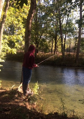 Sugar Grove, WV: Fishing the river