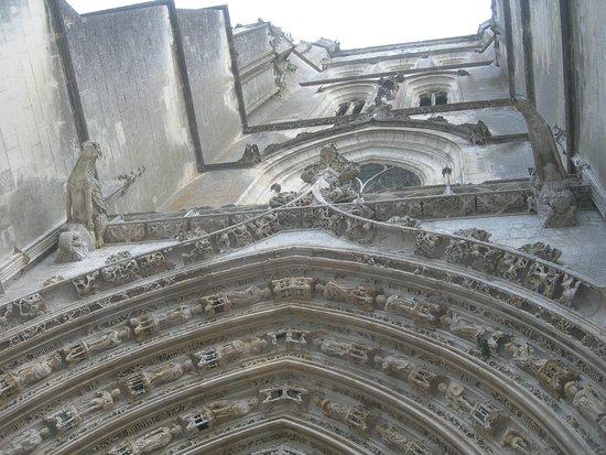 porche StPierre Saintes