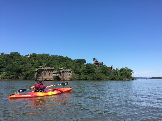 Cornwall on Hudson, NY: Kayak in Hudson River