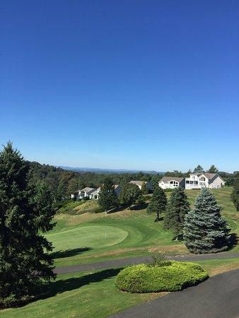 Roaring Gap, NC: Olde Beau Golf and Country Club