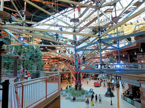 The Canyon at Destiny USA - climbing structure for kids - Picture of on