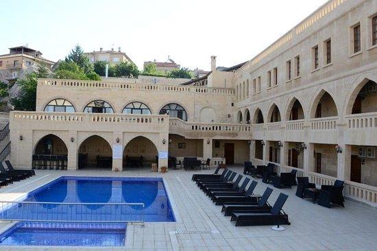 Ortahisar, Turkiet: きれいな外観のホテルです。
