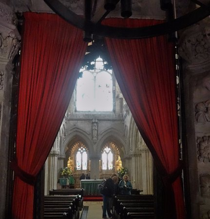 Roslin, UK: Looking into Rosslyn Chapel from the bapistry room