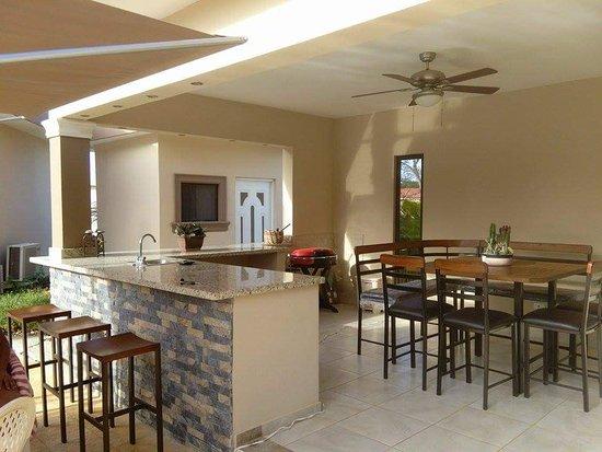 Residencial Casa Linda: received_10153676857151683_large.jpg
