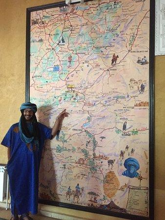 Marrakech-Tensift-El Haouz Region, โมร็อกโก: Mustafa showing us where he come from in Rose Valley area