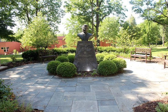Ronald Reagan Museum & Peace Garden