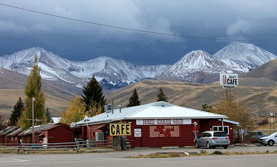 Lima, MT: Jan's Cafe - what a view!