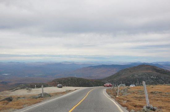 Gorham, NH: the road to the summit