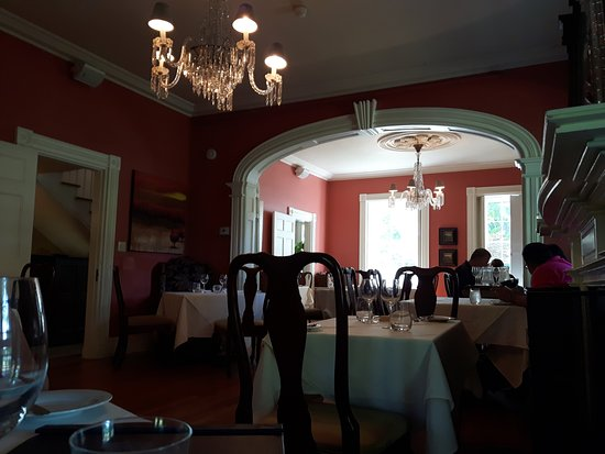 Hob Nob Restaurant: Dining room